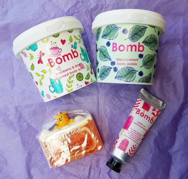 Bomb Cosmetics Yankee Land Yankee Candle