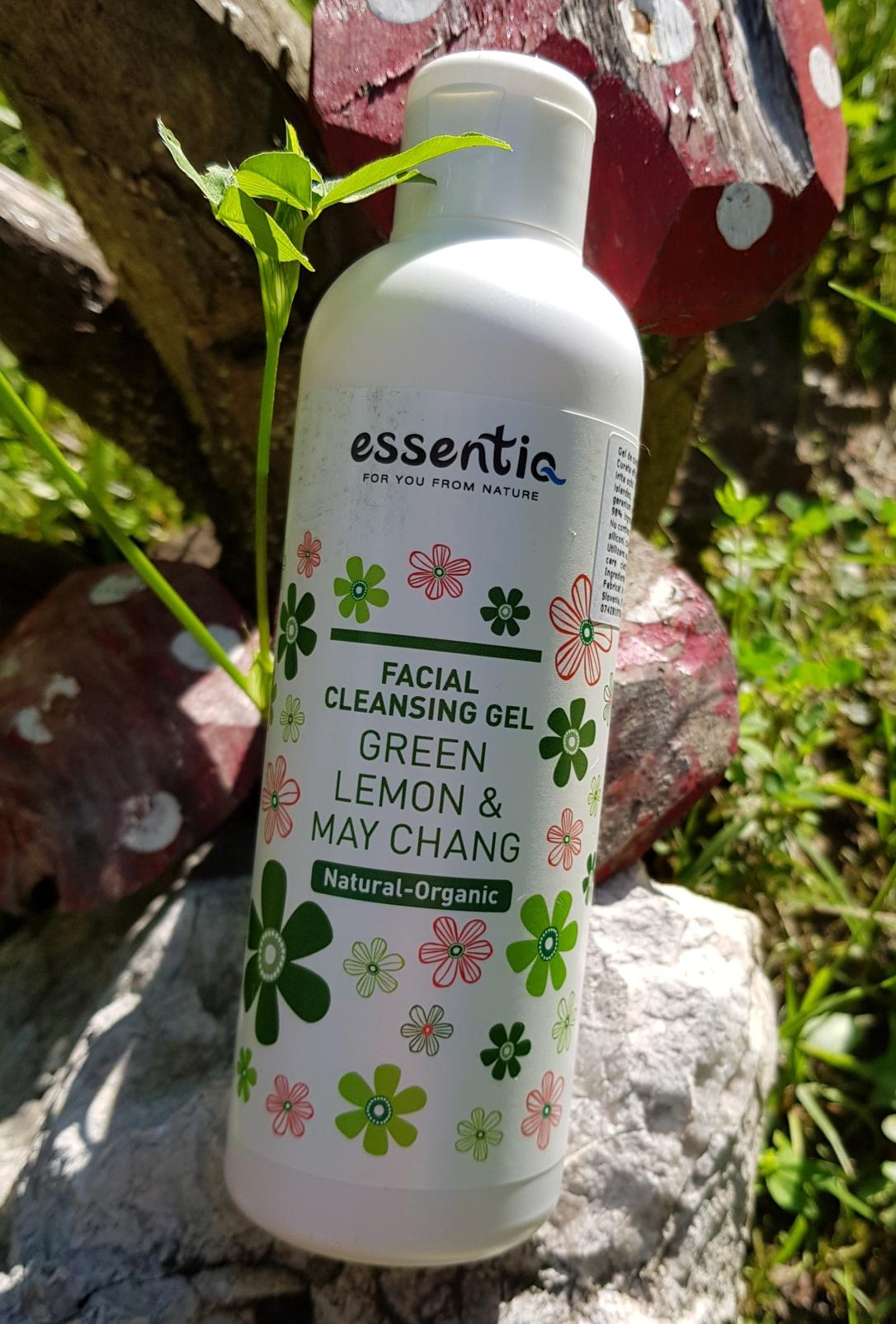Bioaleea Gel de curățare facial cu Lamaie Verde & May Chang de la Essentiq vegan cruelty-free organic