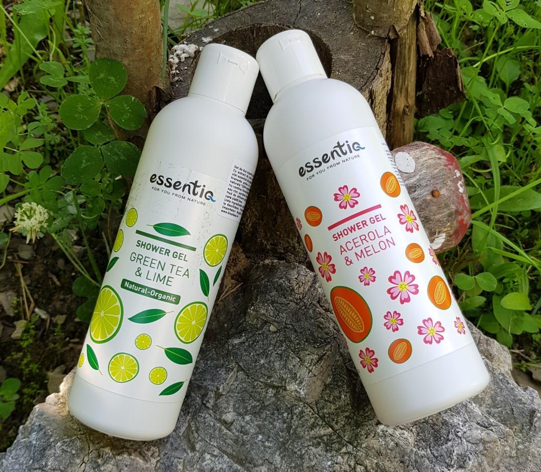 Bioaleea Gel de duș natural cu Ceai verde & Lime și Gel de duș natural cu Acerola & Pepene de la Essentiq Vegan and cruelty-free