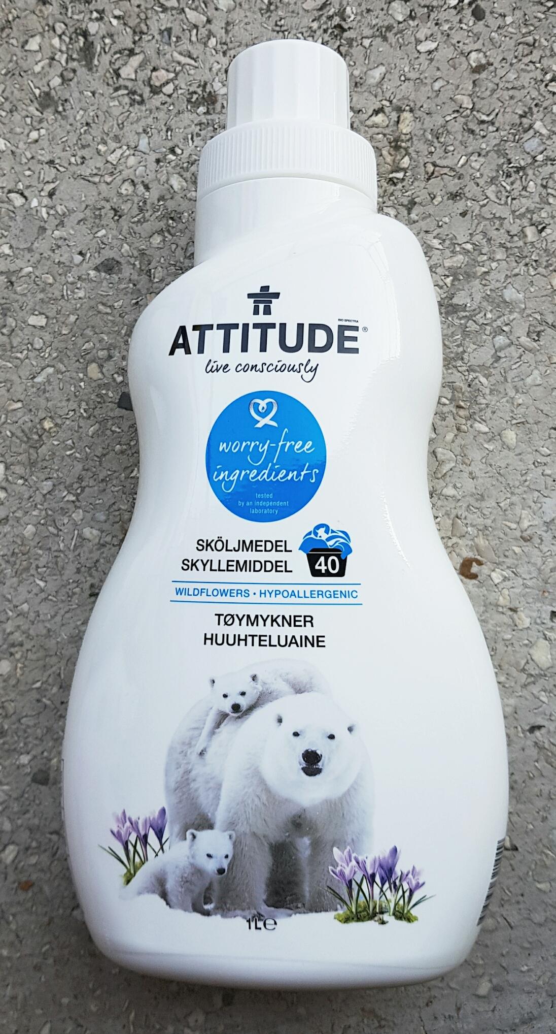 Balsam de rufe Attitude - flori de câmp Attitude vegan Cruelty-free ecologo