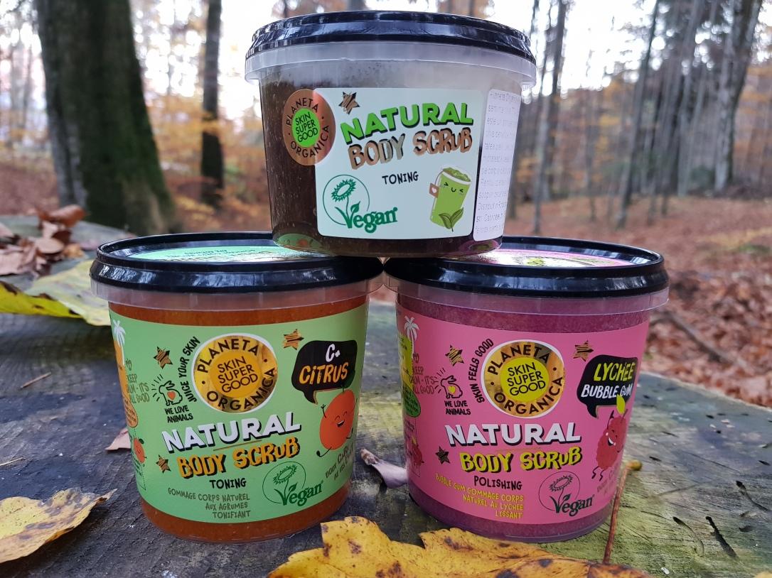 Planeta Organica geluri de duș loțiuni de corp scruburi exfoliante vegan cruelty-free Lychee Bubble Gum Citrus+ C Matcha and Basil Seeds
